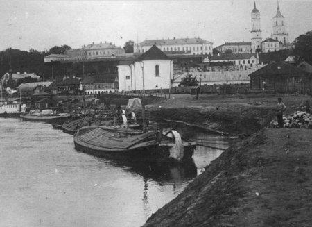 Канструкцыя традыцыйных суднаў і грузаперавозкі па водных шляхах Магілёўскага падняпроўя